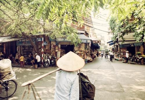 hanoi_street_001
